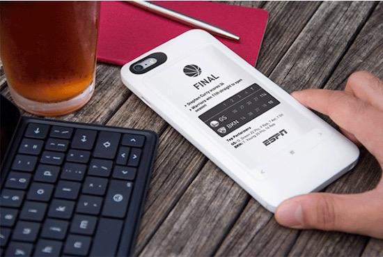 予備バッテリーも搭載したiPhoneケースがIndiegogoに登場